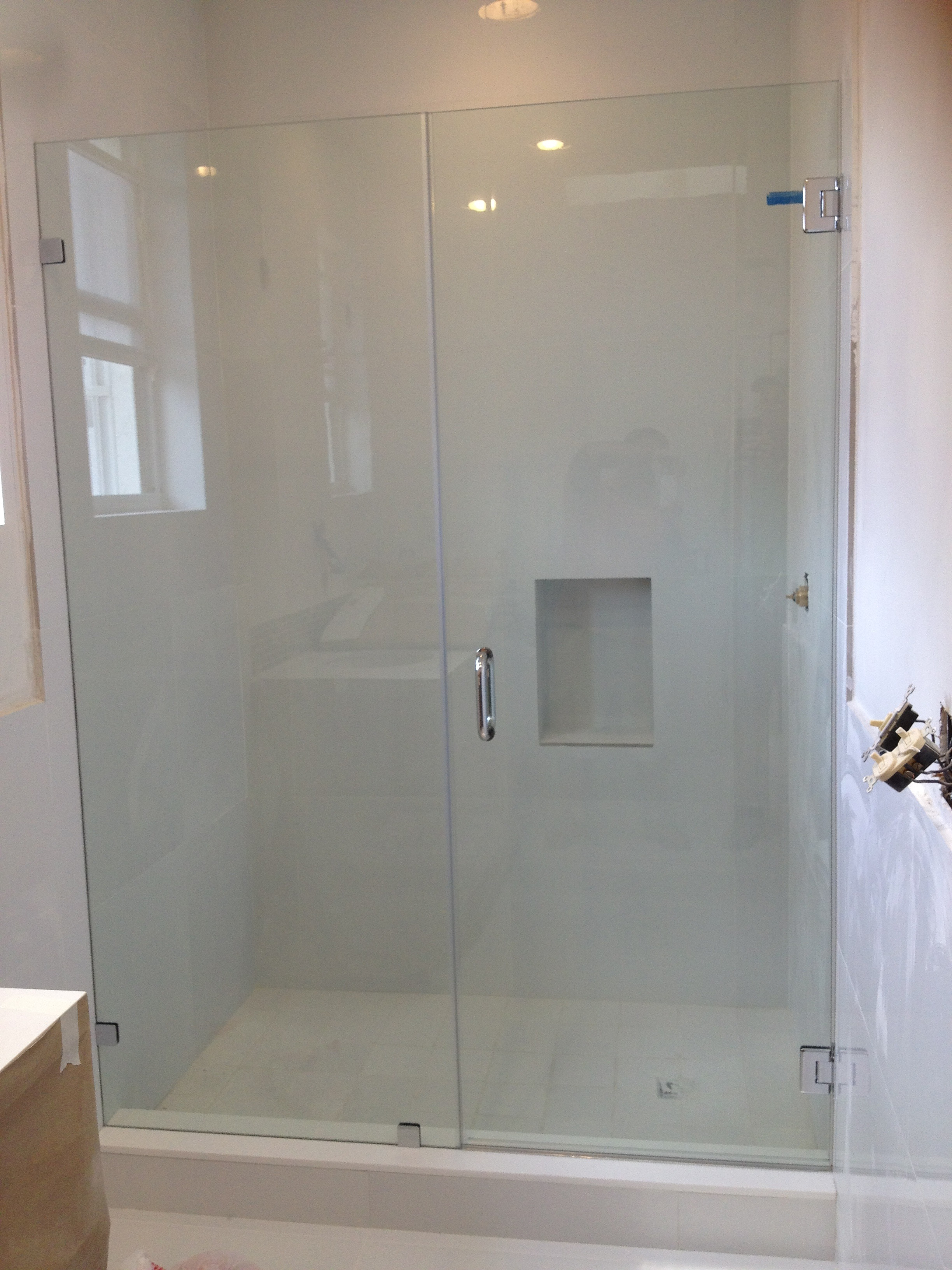 Frameless glass door hinges - Framless Shower Glass Doors And Mirrors